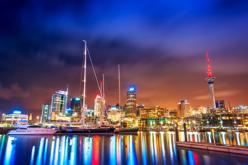 Cityscape of Auckland at night, New Zealand. Credit 