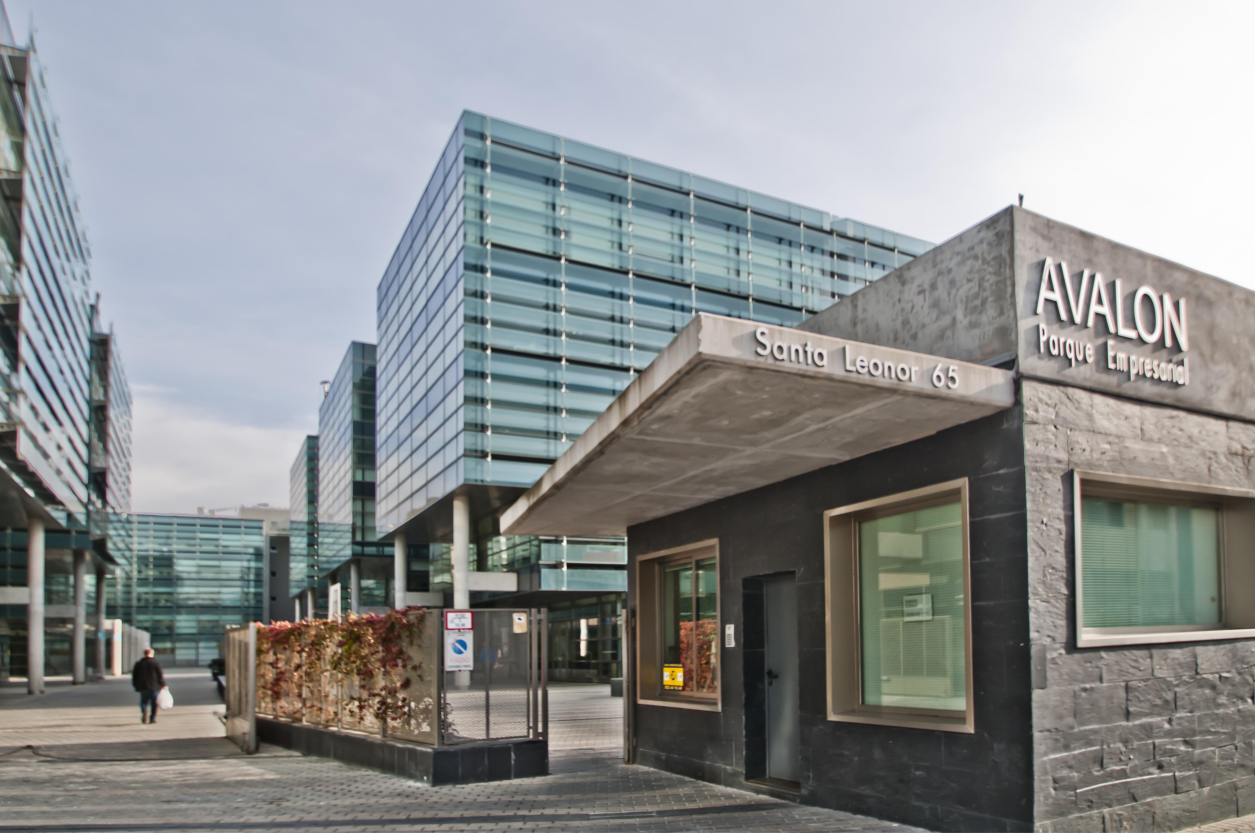 Parque empresarial avalon oficinas en alquiler en madrid for Oficinas del inss en madrid capital