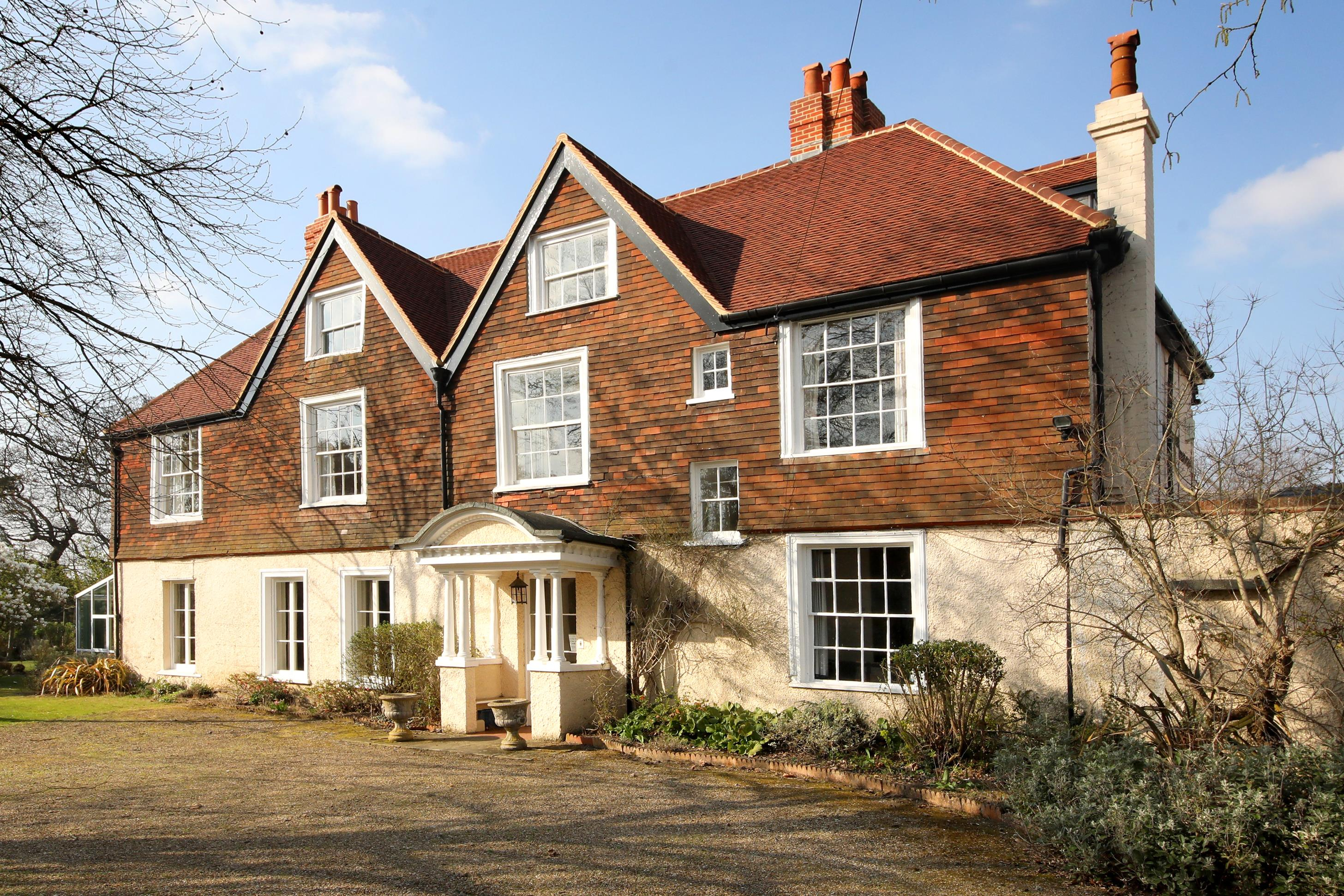 Estate Agents in Ascot - Knight Frank (UK)