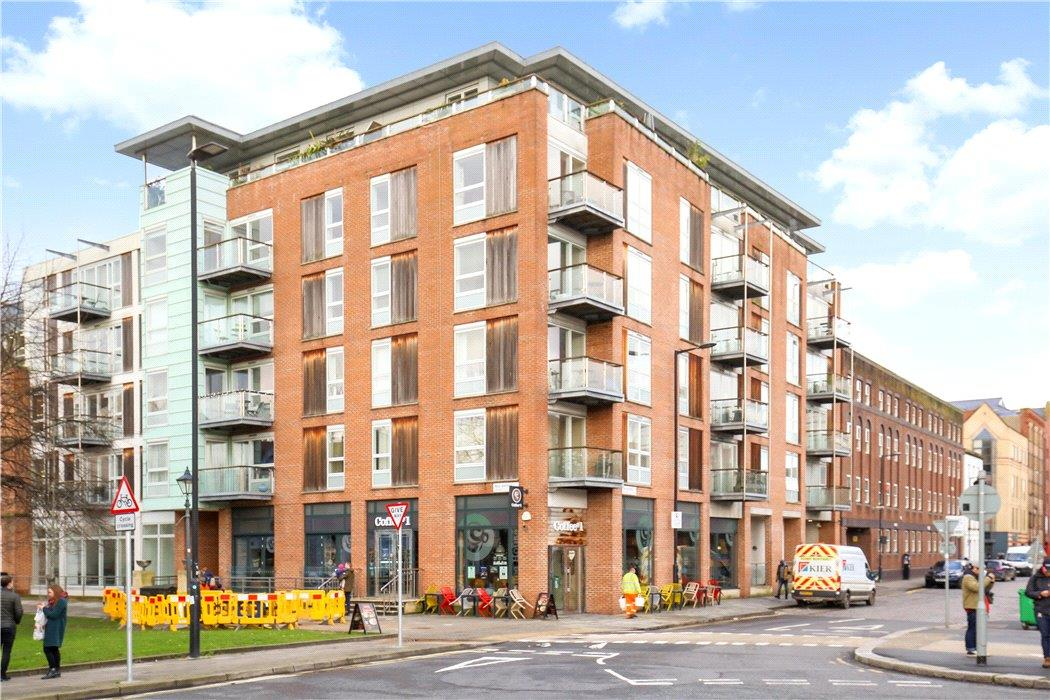 flat for sale in Queen Square Apartments, Bell Avenue ...