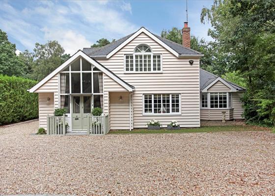 Heath Ride, Finchampstead, Wokingham, Berkshire, RG40