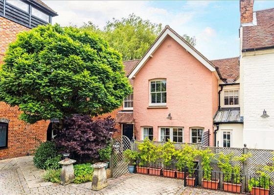 Popes Hill, Kingsclere, Newbury, Hampshire, RG20