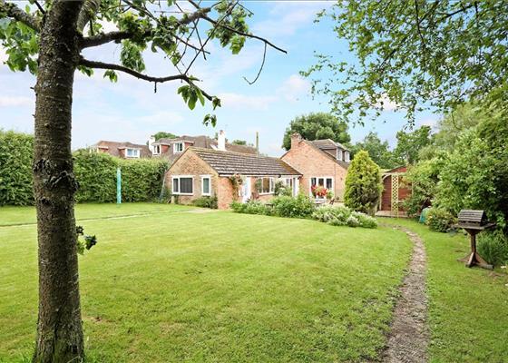 New Road, Pamber Green, Tadley, Hampshire, RG26