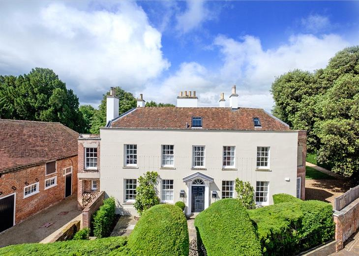 Properties for sale in Country Houses Department | Knight Frank