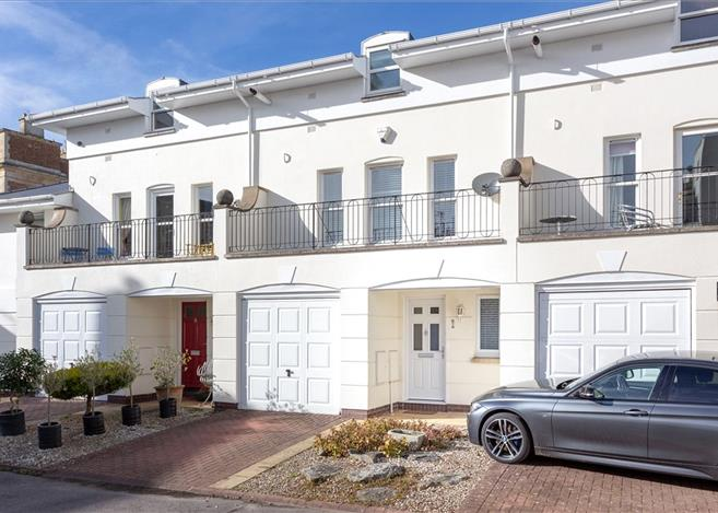 house for sale in albany mews parabola road cheltenham