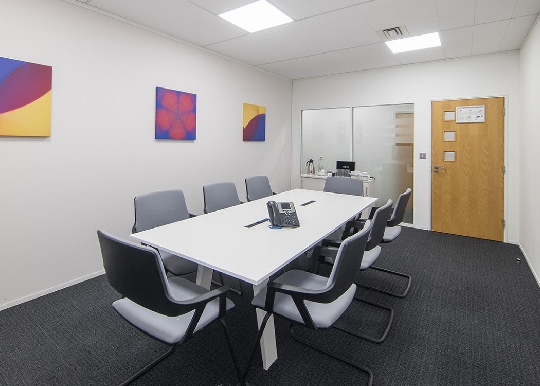 Office (Serviced Offices) to rent in 2 Fountain Court