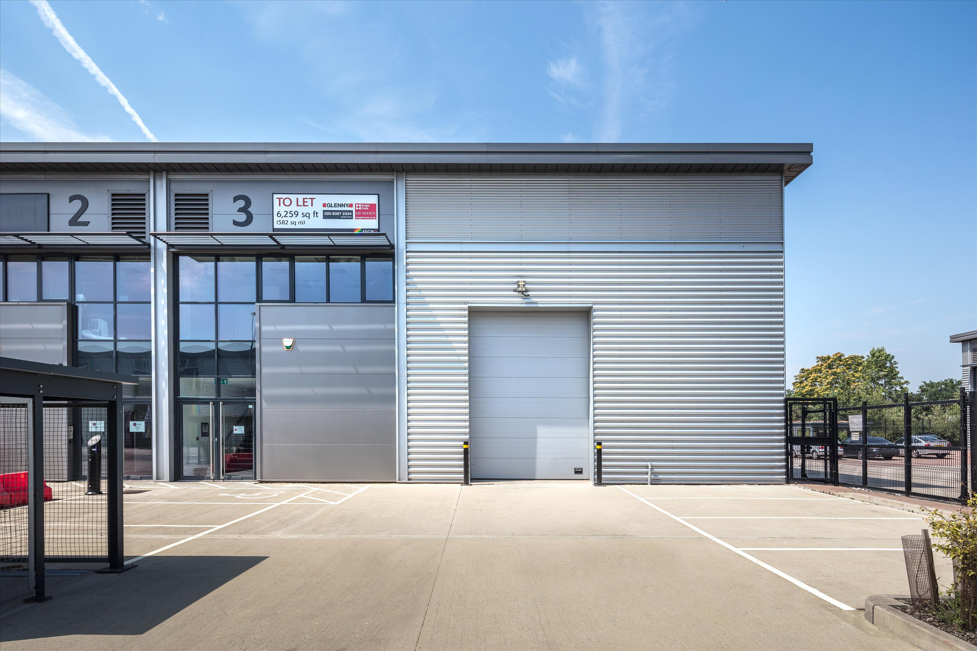 industrial distribution to rent in unit 3 advent way