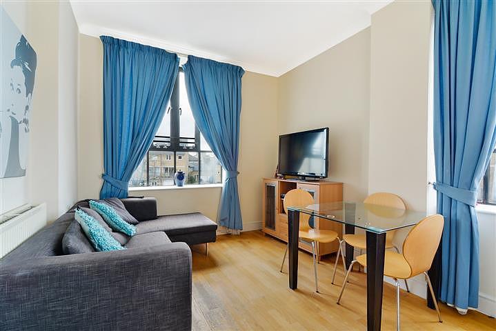Slipway House, 2 Burrells Wharf Square, London E14 3TD, UK - Source: Knight Frank