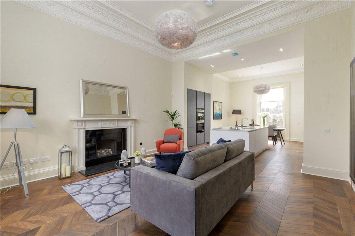 flat for sale in Bruntsfield Terrace, Edinburgh ...