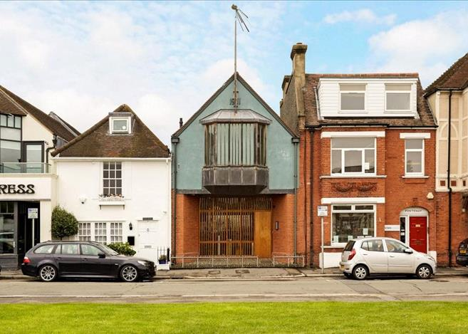3 bedroom house for sale in Creek Road, East Molesey, Surrey, KT8