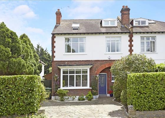 Weston Avenue, Thames Ditton, Surrey, KT7