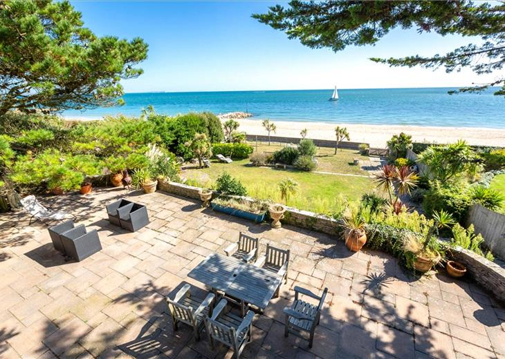 Peachy Coastal Properties For Sale Houses With Sea Views Knight Home Interior And Landscaping Palasignezvosmurscom