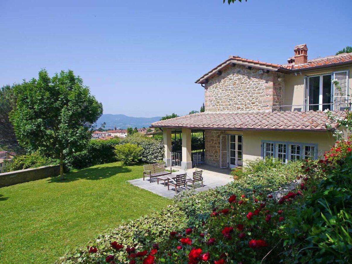 farmhouse for sale in Reggello, Tuscany, Italy   FLO20 ...