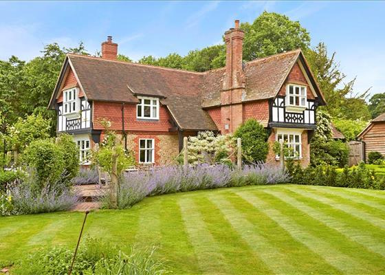 Rake Manor Milford Surrey GU8