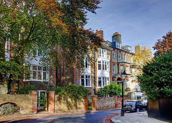 Cannon Place, Hampstead, London, NW3