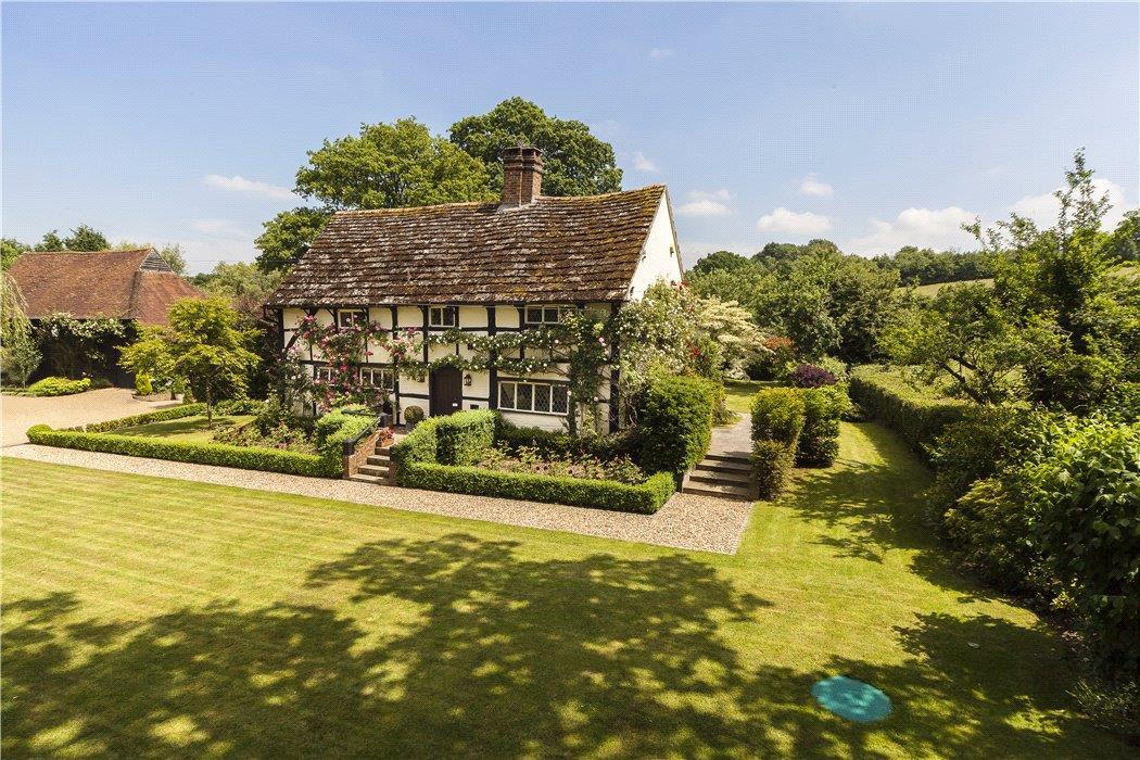 Sussex U2013 £1,400,000
