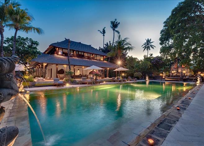 Villa for sale in sanur bali idbalieh639 for Pool design company radom polen