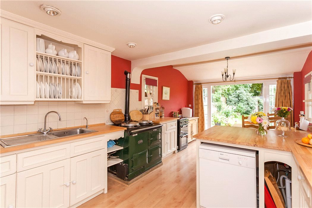 6 bedroom house for sale in Frenchay