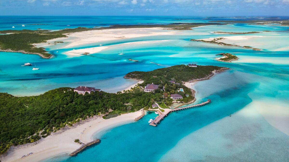 Voor €74 miljoen ben jij de nieuwe eigenaar van dit privé eiland op de Bahama's
