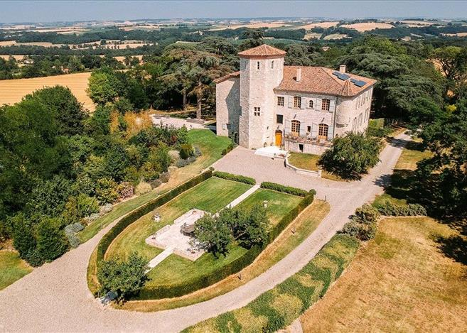 chateau for sale in Mauvezin, Gers, Midi Pyrenees