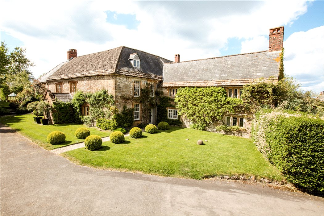 houses with annexe for sale herefordshire