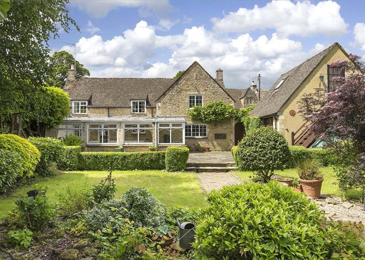 Swell Property For Sale In Cotswolds Houses For Sale In Beutiful Home Inspiration Truamahrainfo
