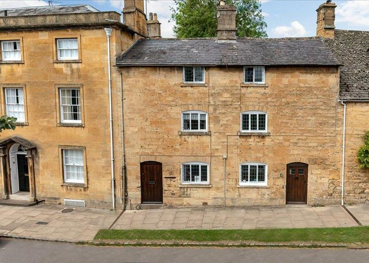 Property for Sale in Cotswolds - Houses for Sale in