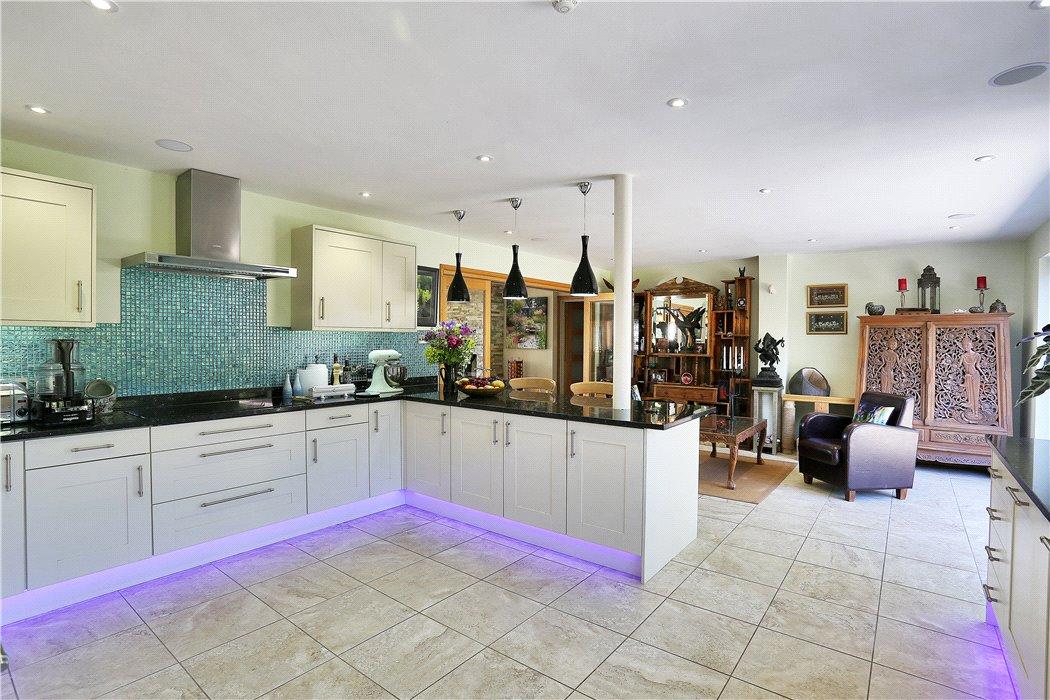 House For Sale In Romford Road Pembury Tunbridge Wells Kent Tn2 Tnw180165 Knight Frank