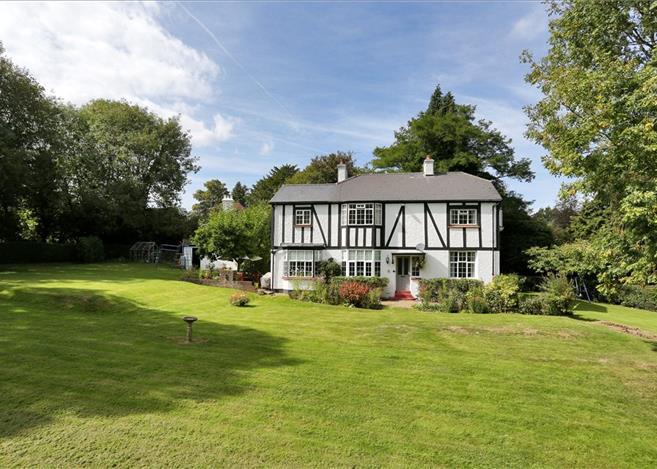 4 Bedroom House For Sale In Romford Road Pembury Tunbridge Wells Kent Tn2