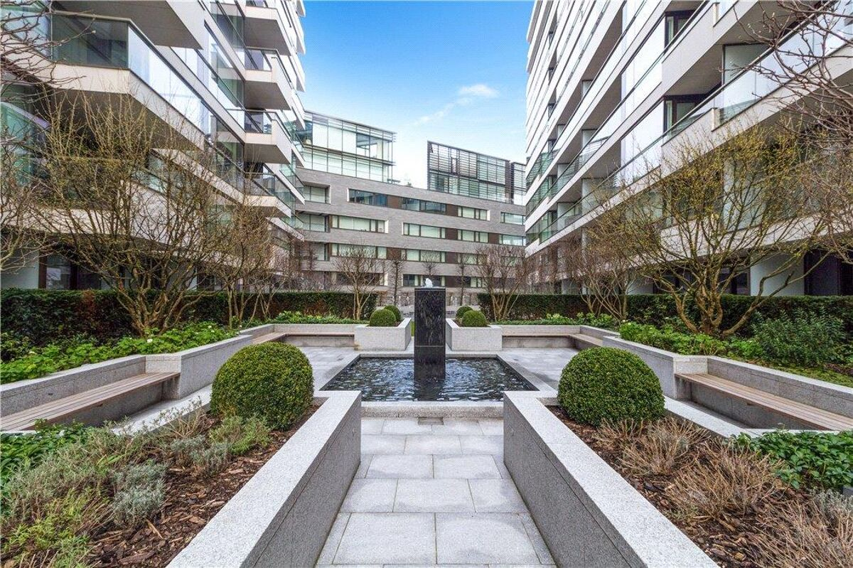 flat for sale in Balmoral House, One Tower Bridge, Earls ...