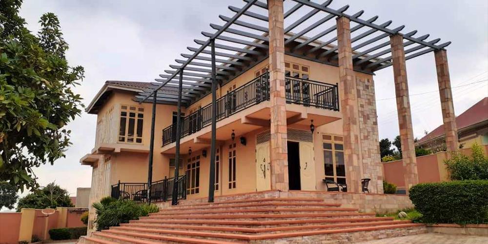 RS1013, Kabuuma Hill, Kampala