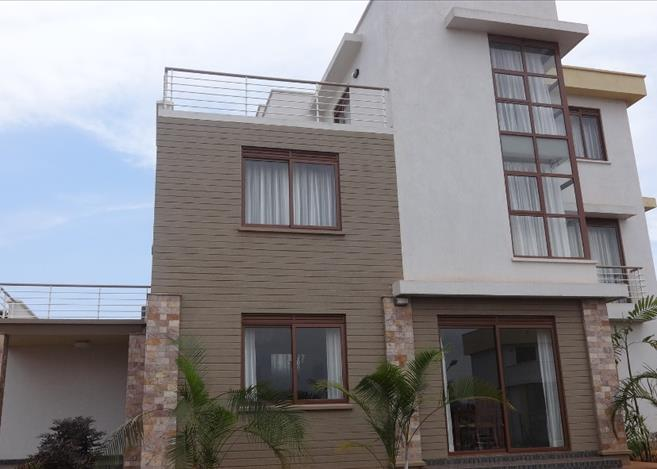 Gated community development for sale in rs10158 leo court for Cost of building a 3 bedroom house in uganda