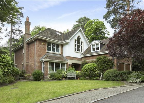 Springwood Place, Cobbetts Hill, Weybridge, Surrey, KT13