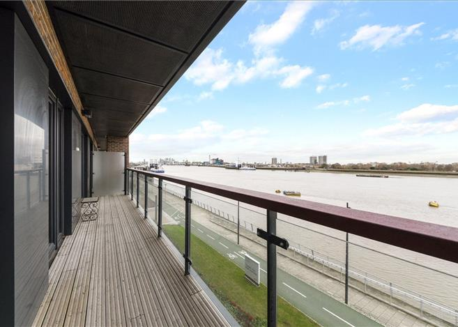 flat for sale in imperial building 2 duke of wellington avenue