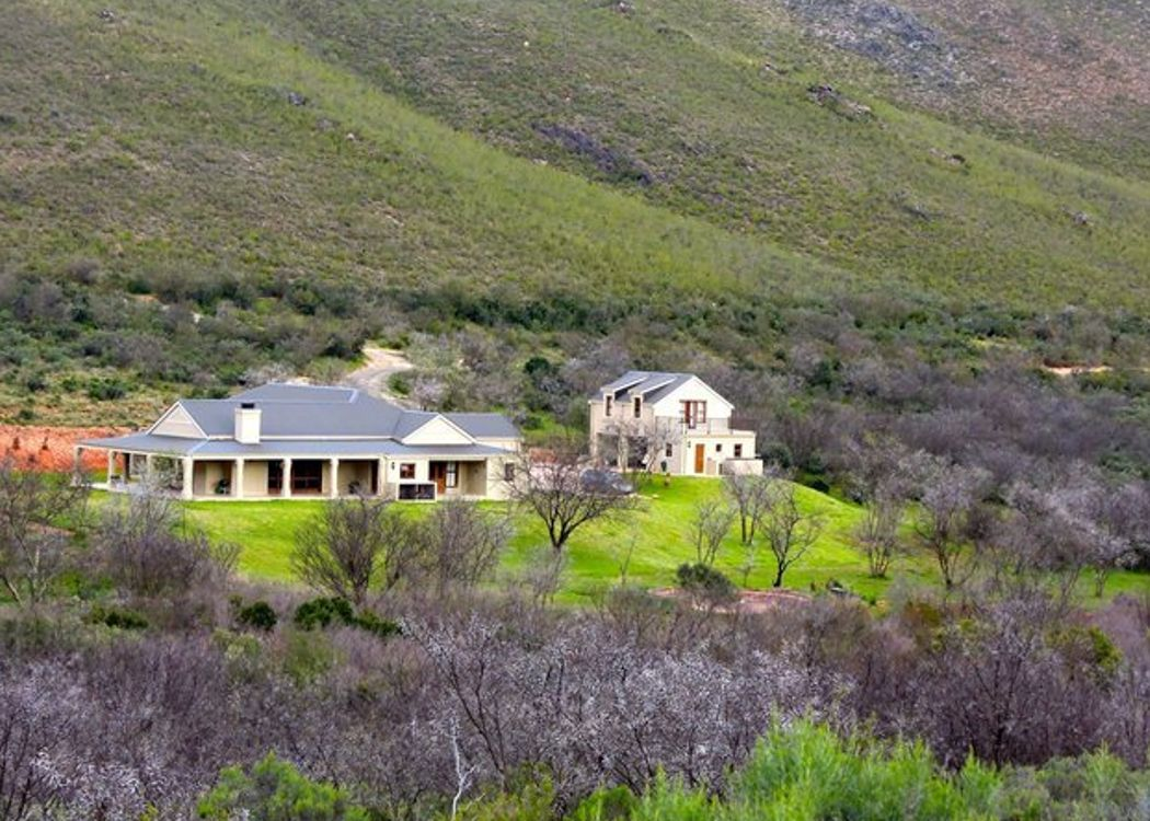 Property for sale swartberg karoo knight frank for Farm style houses south africa